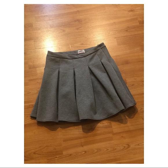 Merona Dresses & Skirts - Merona Pleated Skirt